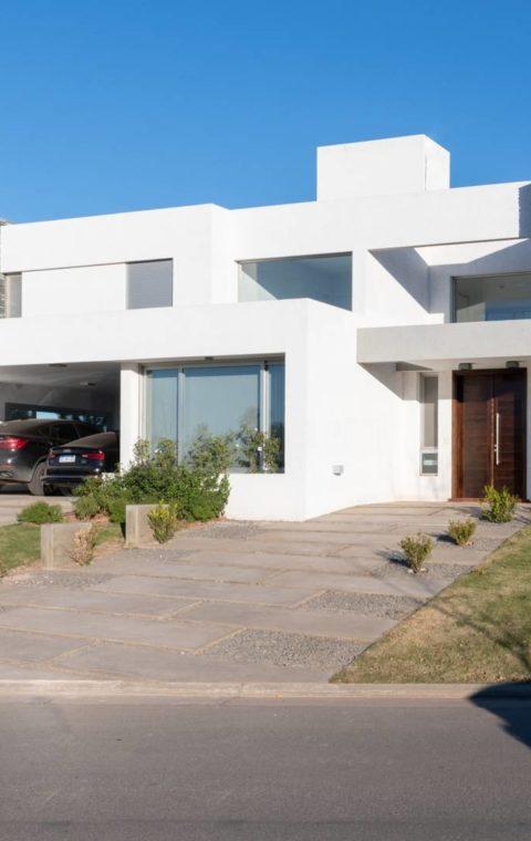Casa Cañuelas III